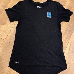 Women's small Nike t-shirt